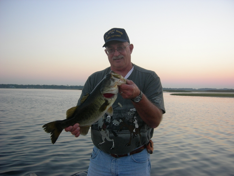 Bass fishing lake toho for Bass fishing in florida