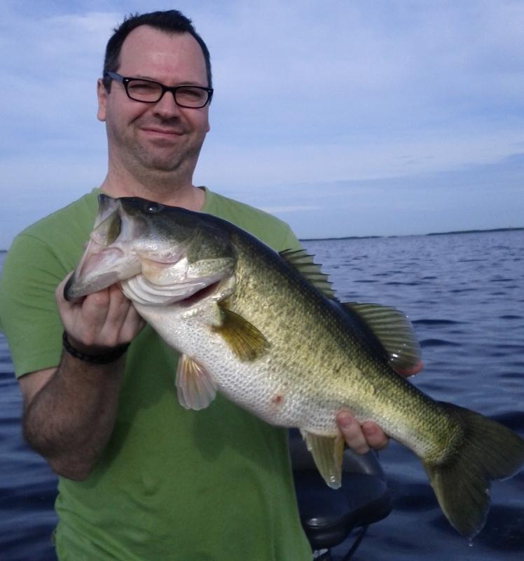 lakeokeechobeebassfishing.com