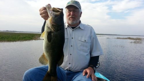 Bass fishing Lake Garcia
