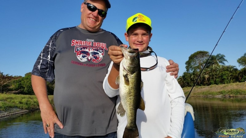Palm beach bass fishing guide capt mike groshon bass for Captain mike fishing
